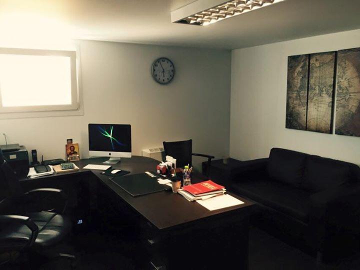 Τα γραφεία στο Εργοστάσιο Επίπλων Ζαμπούκας