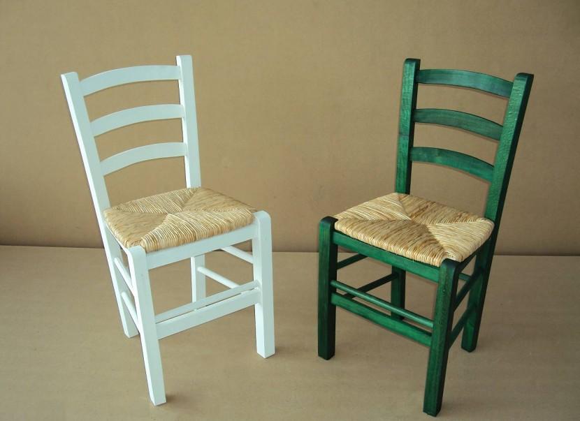 Η Επαγγελματική Παραδοσιακή Ξύλινη Καρέκλα Σίφνος από 16€ , Καρέκλα Καφενείου, Ταβέρνας, Εστιατορίου, Καφετέριας, Cafe Bar είναι κατασκευασμένη από Ελληνική Οξιά Ξηραντηρίου, size (42x38x87) .