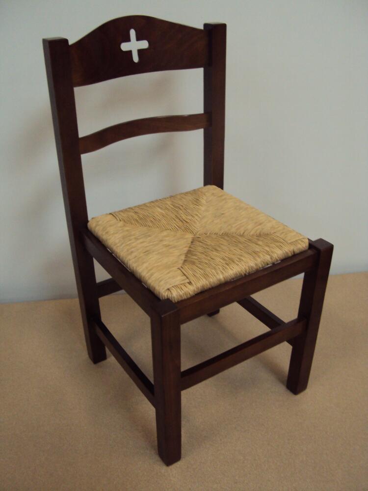 Επαγγελματική Ξύλινη Καρέκλα Εκκλησίας από 20€ , Καρέκλα Ταβέρνας, Εστιατορίου, είναι κατασκευασμένη από Ελληνική Οξιά Ξηραντηρίου, (size 42x42x87)