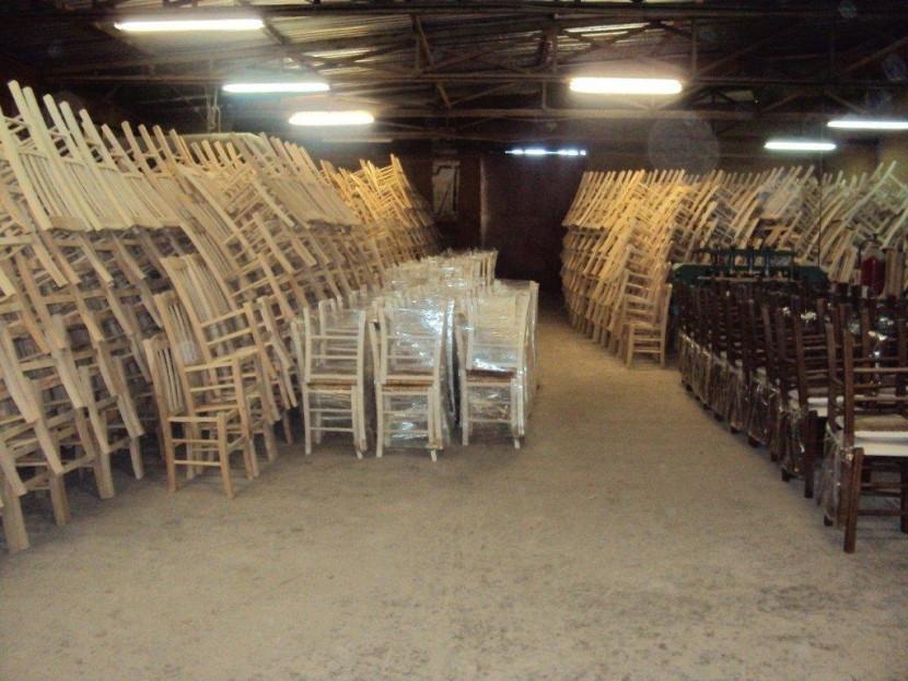 Εργοστάσιο Ζαμπούκας - Καρέκλες έτοιμες για παράδοση
