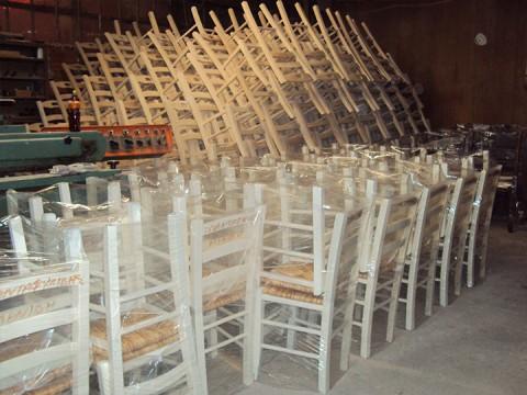 Έτοιμες για παράδοση καρέκλες